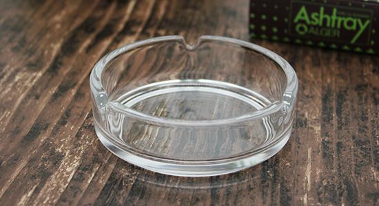 円形ガラス灰皿溝有りイメージ